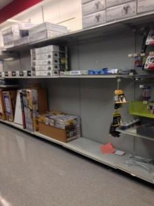 2014-01-17_0142 Less than full Sears shelves