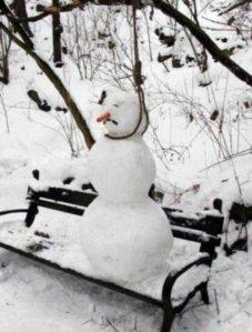 2014-03-20_0835 Hanging snowman