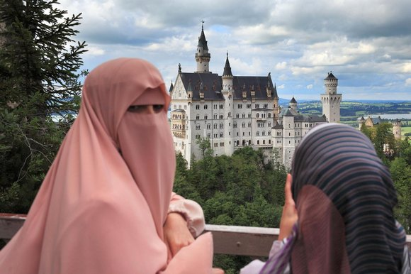 2016-12-06_2151-germany-burqa-ban