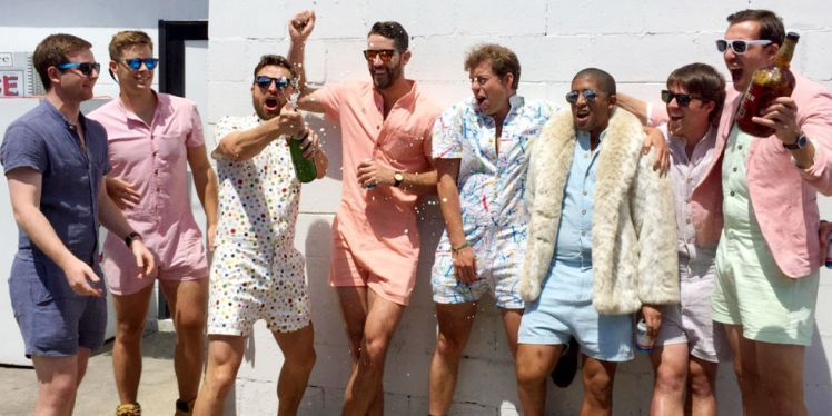 2017-05-30_0432 Millennial men in rompers